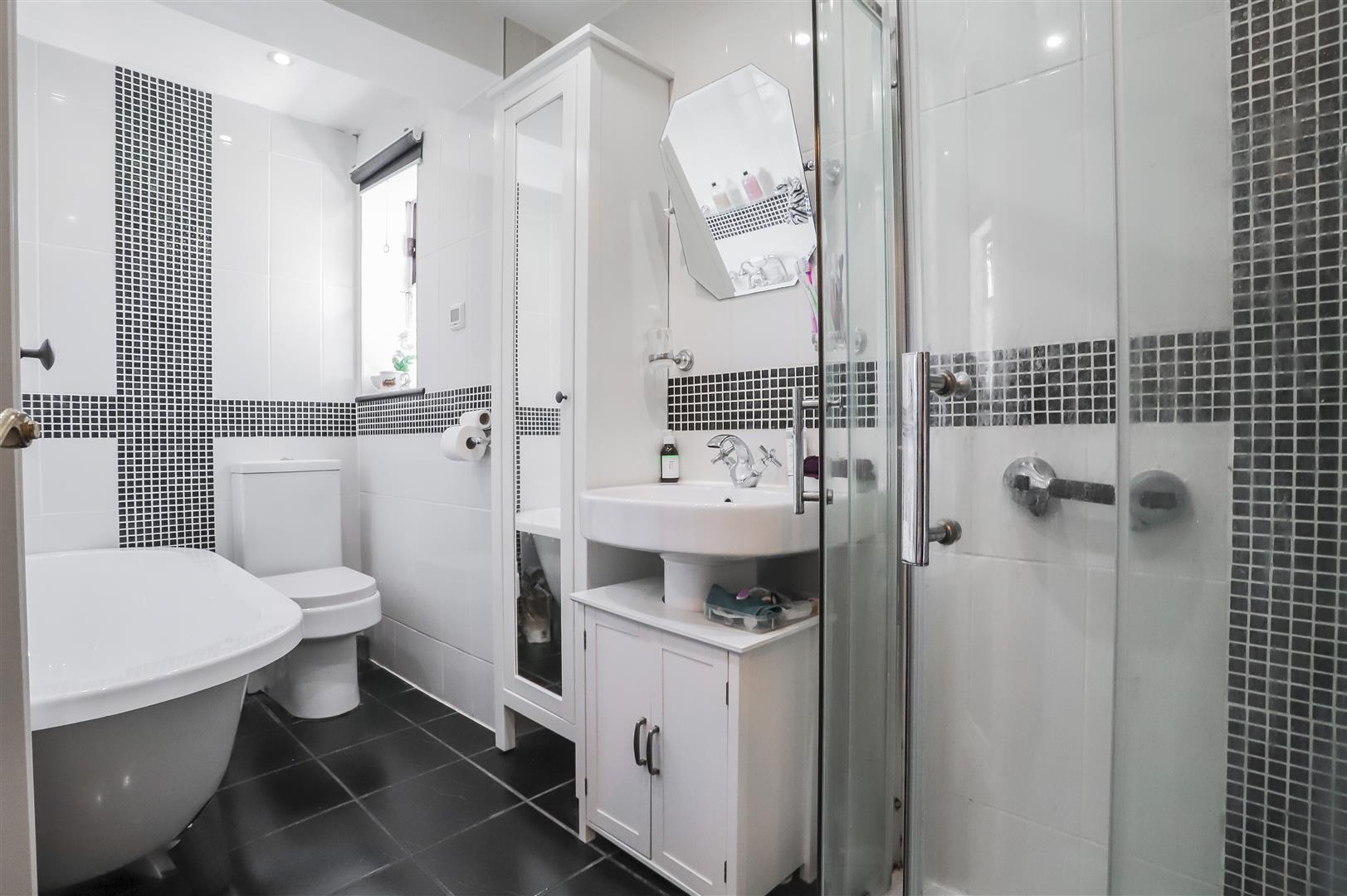 4 Bedroom Semi Detached Bungalow For Sale - Image 8